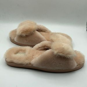 UGG Amberlight Renwood Sheepskin Pink Slipper